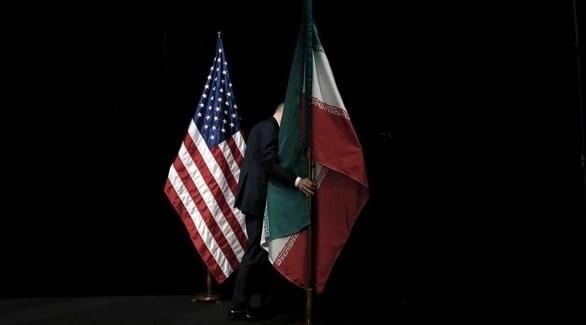 العلمان الإيراني والأمريكي (أرشيف)