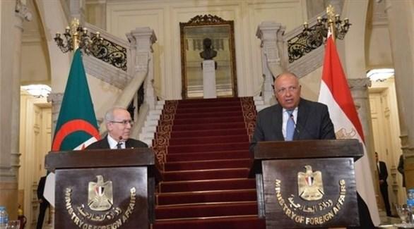 وزير خارجية الجزائر: ملفات المنطقة والقارة الإفريقية تتطلب التنسيق مع مصر