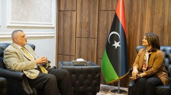 وزيرة الخارجية الليبية نجلاء المنقوش ورئيس بعثة الأمم المتحدة للدعم في ليبيا يان كوبيش(أرشيف)