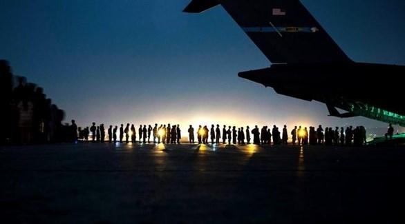 إجلاء أفغان من كابول بعد سيطرة طالبان على البلاد (أرشيف)