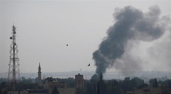 دخان يتصاعد من موقع تعرض للقصف في سوريا (أرشيف)