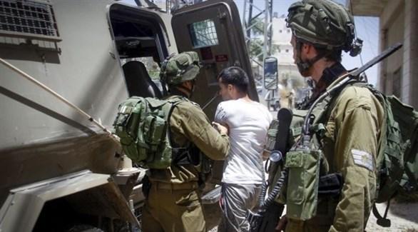 القوات الإسرائيلية تعتقل 3 فلسطينيين من رام الله