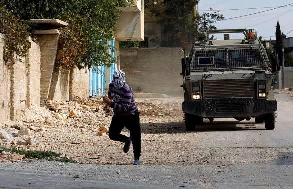 بالصور: إصابات خلال قمع الاحتلال لمسيرات احتجاجية في الضفة