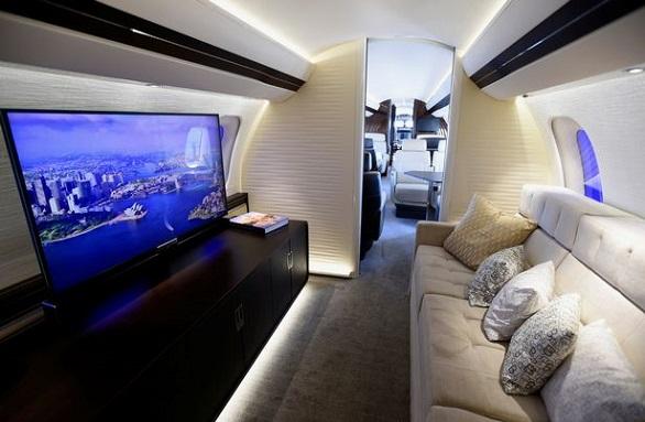 تعرف على أضخم طائرة سفر خاصة في العالم