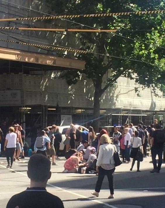 عملية دهس في مدينة ملبورن الأسترالية والشرطة تعتقل المنفذ UfhDeM00TcebWEDPBiLh