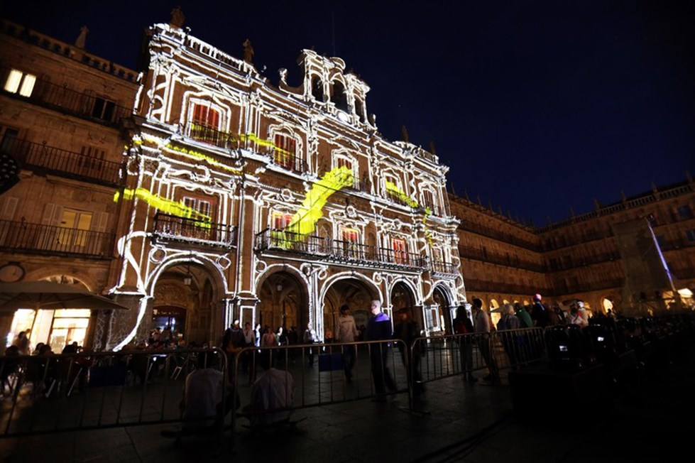 مهرجان الضوء إسبانيا 20196171654154358.jp