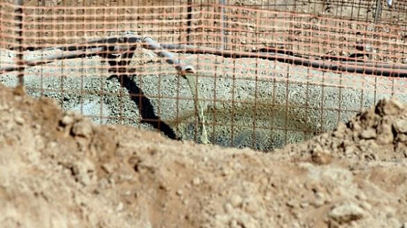 بالصور: الجيش الإسرائيلي يبني جداراً خرسانياً حول غزة  بالصور: الجيش الإسرائيلي يبني جداراً خرسانياً حول غزة  بالصور: الجيش الإسرائيلي يبني جداراً خرسانياً حول غزة