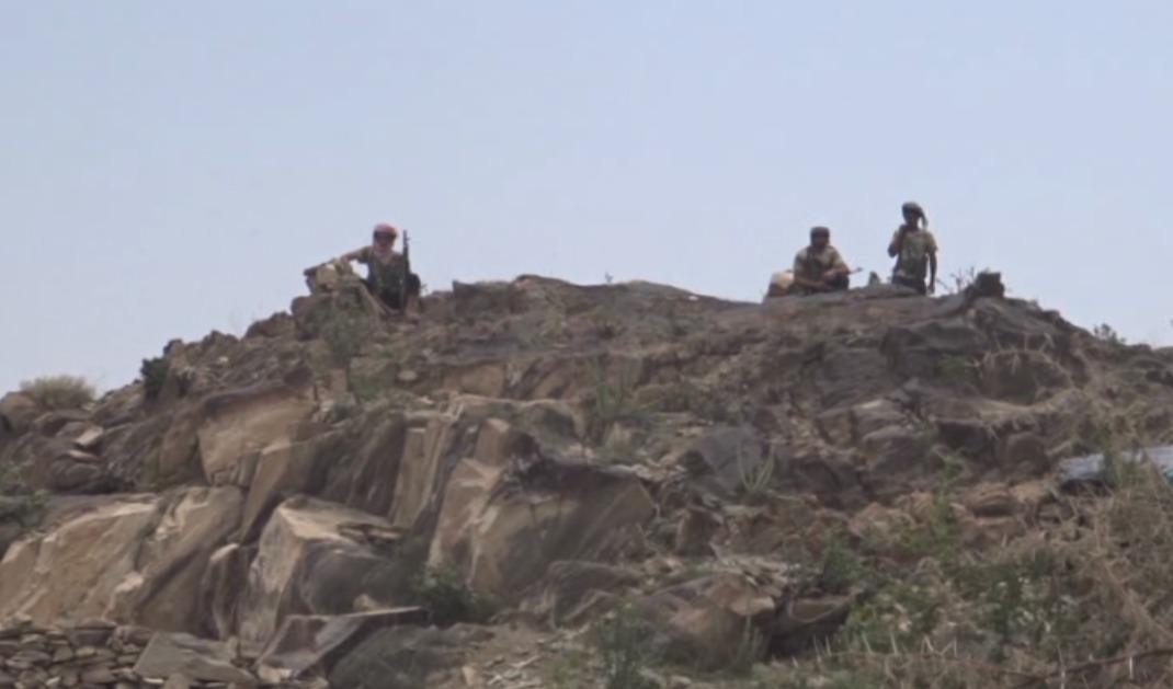 بالصور: قوات الحزام الأمني تنتشر على حدود مدينة يمنية يحتلها الحوثيون  بالصور: قوات الحزام الأمني تنتشر على حدود مدينة يمنية يحتلها الحوثيون