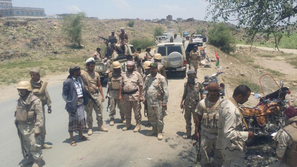 بالصور: قوات الحزام الأمني تنتشر على حدود مدينة يمنية يحتلها الحوثيون  بالصور: قوات الحزام الأمني تنتشر على حدود مدينة يمنية يحتلها الحوثيون  بالصور: قوات الحزام الأمني تنتشر على حدود مدينة يمنية يحتلها الحوثيون  بالصور: قوات الحزام الأمني تنتشر على حدود مدينة يمنية يحتلها الحوثيون